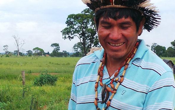 Comunicado imprensa: Líder Guarani-Kaiowá visita Portugal para denunciar genocídio dos povos indígenas no Brasil