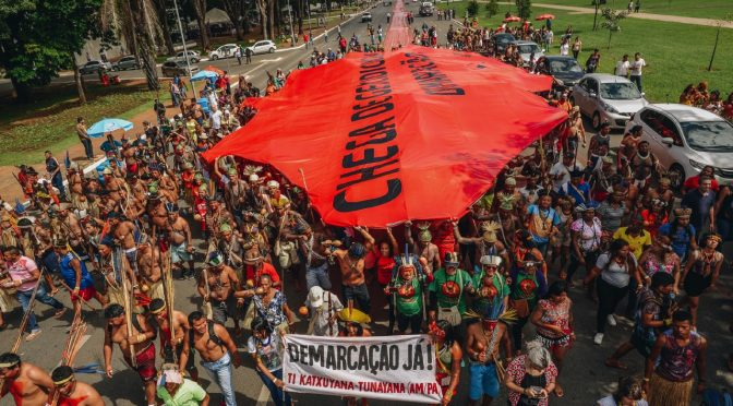 """31 Janeiro >> """"Sangue Indígena, Nenhuma gota a mais"""""""
